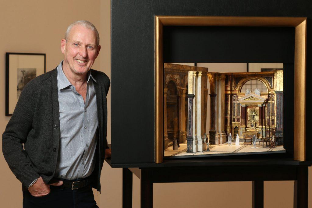 Pengkajian John McFarlane Tentang filosofi Sains